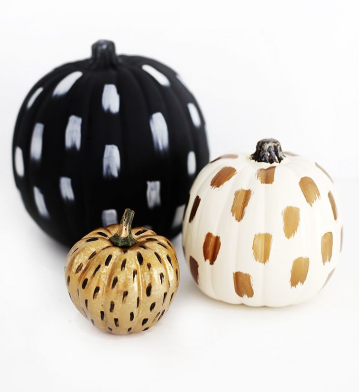 Fall Pumpkins with painted brushstrokes