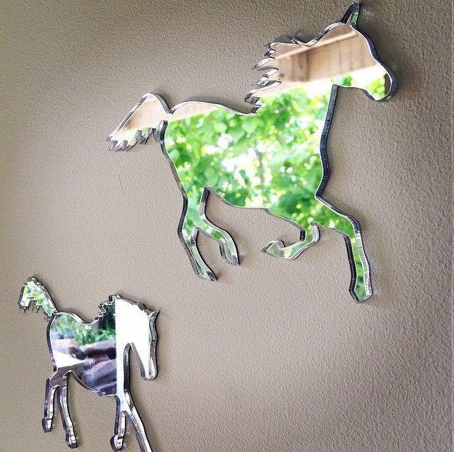 WILD HORSES MIRROR SET