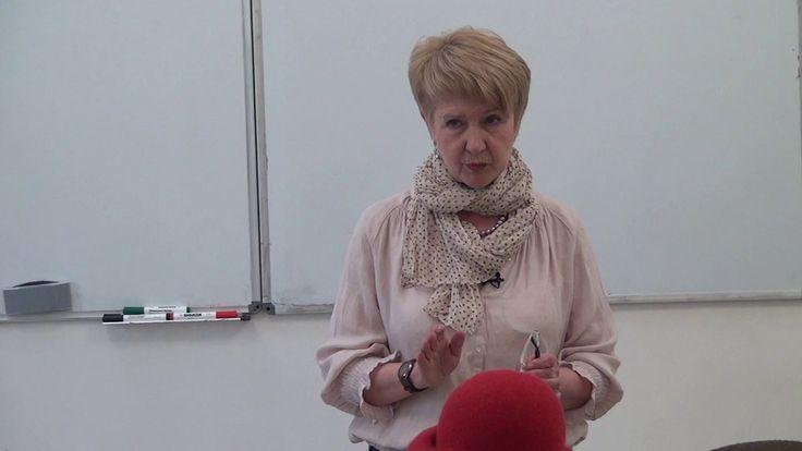 "Ирина Спасская ""Дамская шляпка на шаблоне берета."""