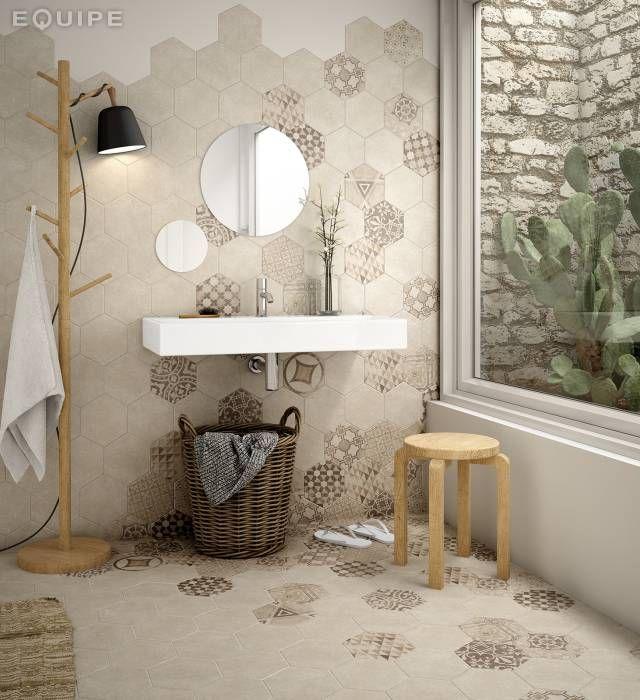 Hexatile Cement Sand / deco Garden Sand: Baños de estilo moderno de Equipe Ceramicas