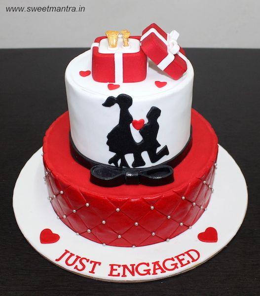 Ring On Cake