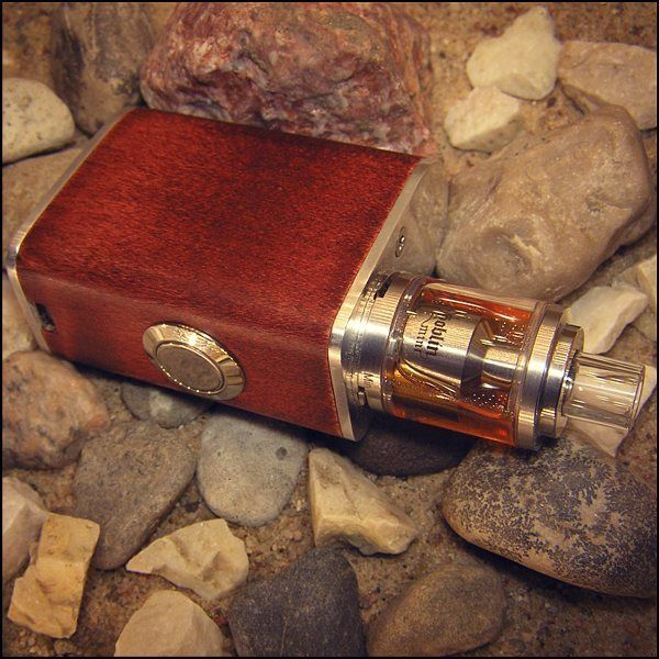 Handmade mechanic mood. Wood + aluminium.  Battery / akumulator: 18350, 18500. Dimensions / wymiary: height / wysokość: 60mm width / szerokość: 29mm length / długość: 49mm  #vapepics #vape4you #vapeporn #vapelife #vapelyfe #vapenews #vapenation #vapestagram #mod #boxmod #woodboxmod #woodmod #18350 #18350mod #18500 #18500mod #ecig #epapieros #elektronicznepapierosy #vapepoland #warszawa #polska #poland
