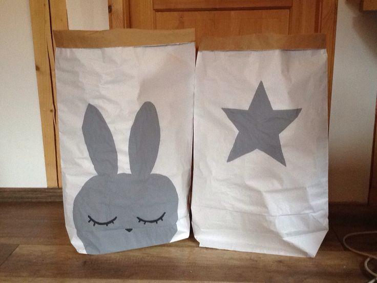 Paper bags for you...pls contact us :) hana.medv@centrum.cz