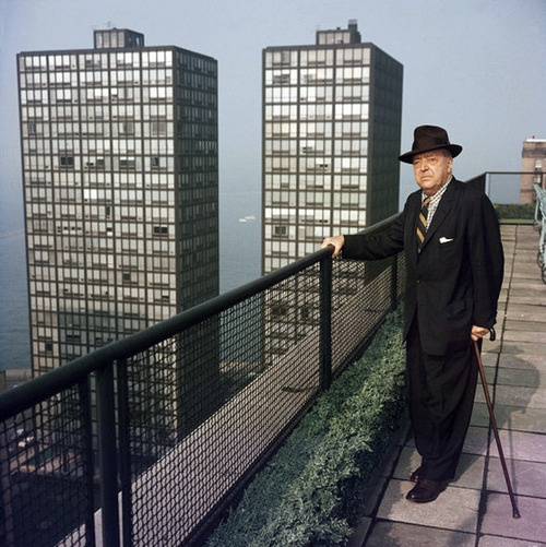Chicago. Ludwig Mies van der Rohe.