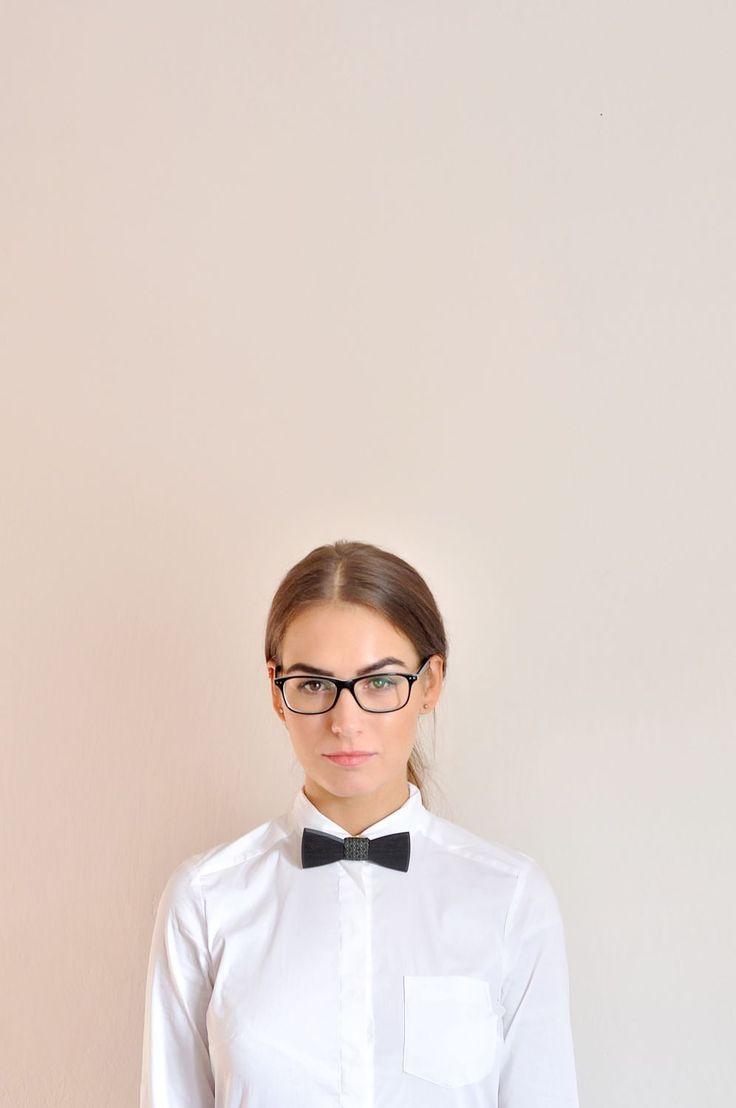 Women bow tie