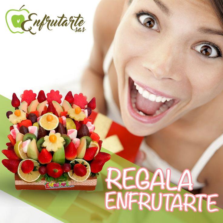 Sorprende regalando alguno de nuestros deliciosos y divertidos ramos de frutas,  por ejemplo el arreglo frutal CARIÑO. www.enfrutarte.com  #obsequio #amistad #frutas #regalos #arreglos