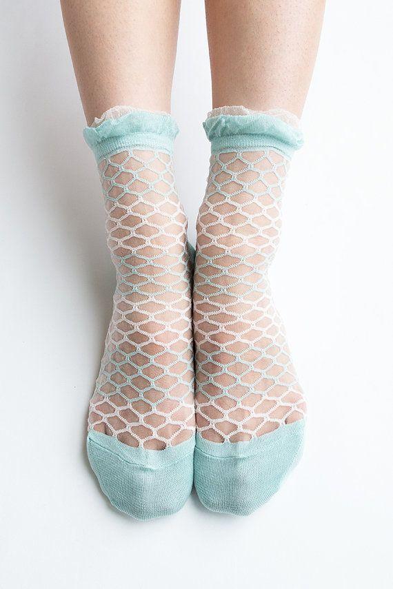 Women New Hezwagarcia Japan Edition Mint Blue Sheer Nylon Funky Pattern Ruffle Frill Lace Mesh Sheen Elegant Ankle Socks