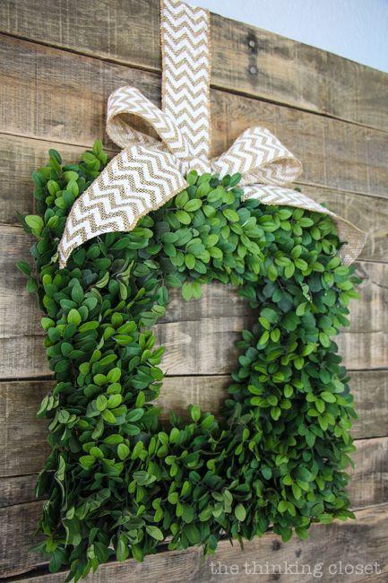 Balsam Hill English Boxwood Wreath: easily transitions from season to season via thinkingcloset.com