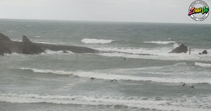 The size is still around today with some 6 ft out back. Looking pretty messy, but some of the bigger sets are rolling through a little cleaner. The wind has dropped off today but still looking onshore all day, and coupled with a drop to 7 second wave period, it's gonna stay pretty messy! Showery all day, highs of 16, and a slightly warmer 17'C in the water. Get in soon! With the only high tide (and possible shelter) at 10am, don't miss your chance for a cleaner wave in the bay! High Tide…