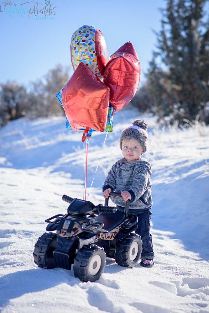 First Birthday Photos in the snow #winter photo shoot #January Birthday #baby boy