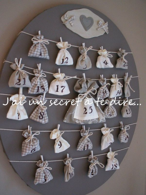 <3 the monochromatic thing!  Homemade Holidays advent calendar