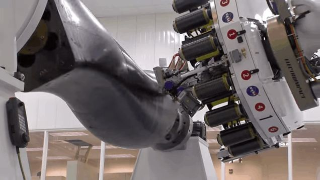 This Robot Is a Loom For Weaving Carbon Fiber Into Rocket Parts