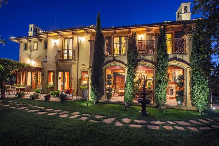 Stunning home. www.findinghomesinlasvegas.com Keller Williams Las Vegas & Henderson, NV #realestate
