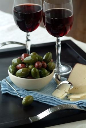 WINE, CHEESE & OLIVE PAIRINGS.....yummy!: Wine, Cheese Olives, Food, Wine Cheese, Red Wines
