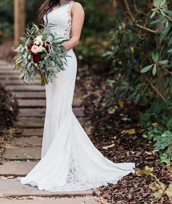 5b9b0b52a9ff0 Galina Signature 'Beaded Illusion and Crepe Sheath' in 2019   Shop Nearly  Newlywed   Wedding dresses, Used wedding dresses, Dresses