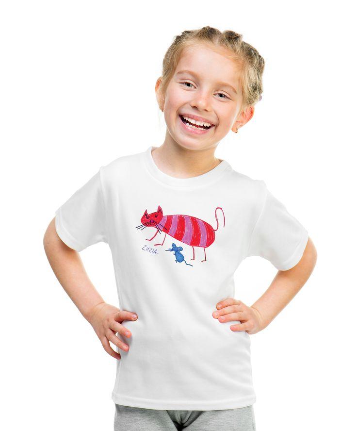 Cat T-shirt with autograph