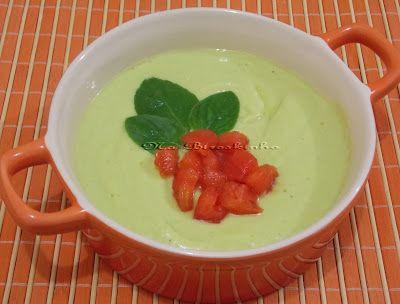 Sopa Fria de Pepino e Abacate - Na Biroskinha
