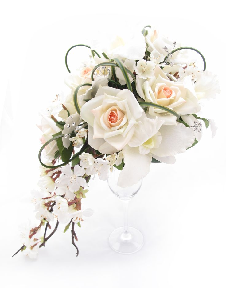 Trail Bouquet By Loveflowers Find Your Perfect Wedding Flowers At Loveflowersau