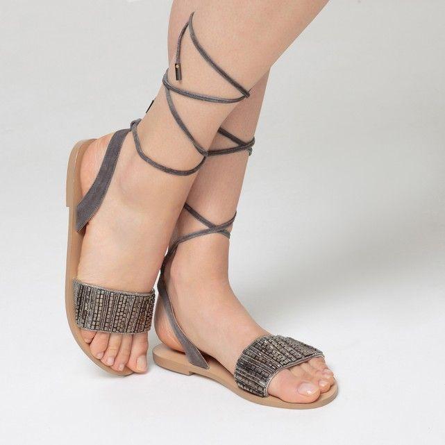 Image Płaskie skórzane sandały z ozdobnymi koralikami MADEMOISELLE R
