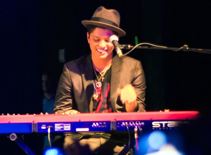 Bernadette Hernandez, mother of singer-songwriter Bruno Mars, has passed after a brain aneurysm on Saturday at Queens Medical Hospital in Honolulu, Hawaii. Description from medicaldaily.com. I searched for this on bing.com/images