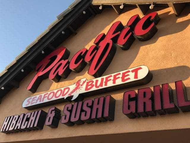 Pacific Seafood Buffet Glendale Arizona It's the weekend and if you want a Good Chinese Buffet with CRAB LEGS, you want to check out Pacific Seafood Buffet Glendale On The Road Eats #seafood #weekend #buffet #crablegs http://ontheroadeats.com/pacific-seafood-buffet-glendale-a…/