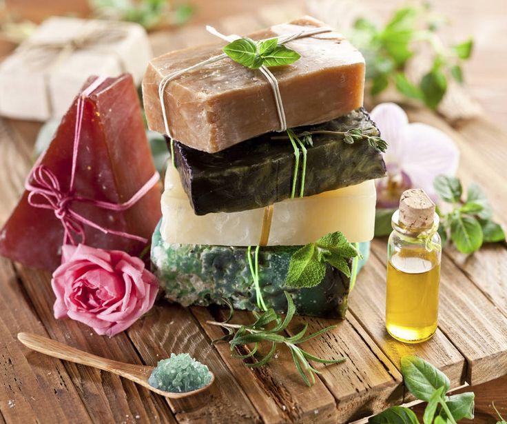 Saponette artigianali e ingredienti