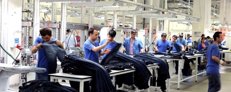 Syrian refugees working in Turkey's garment sector