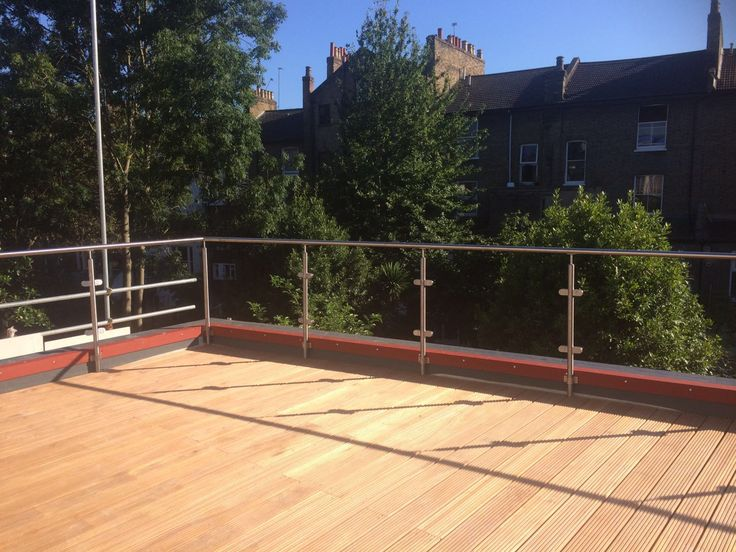 Installation of our RSG4200 Stainless Steel Balustrades to a new residential development in South London.