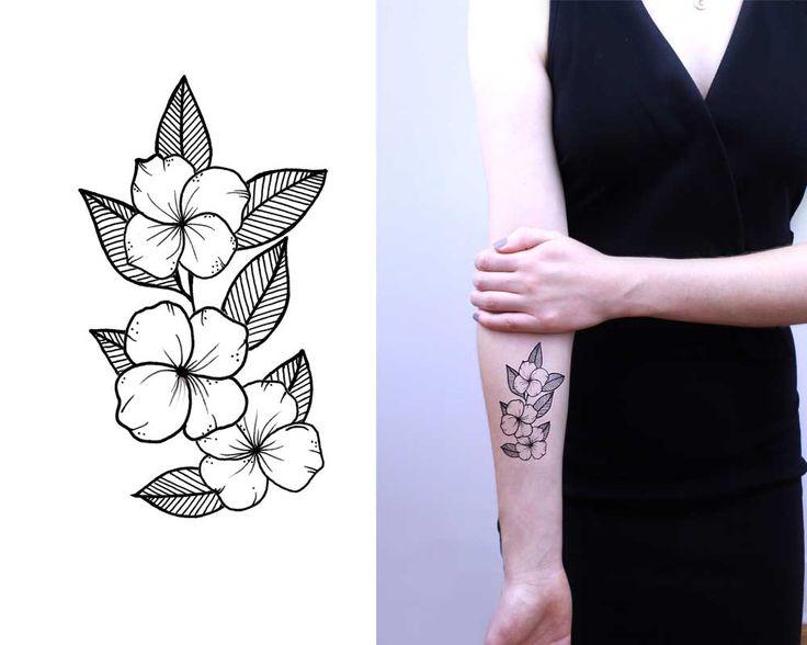 Floral blossoms in Black Ink :: Inktion