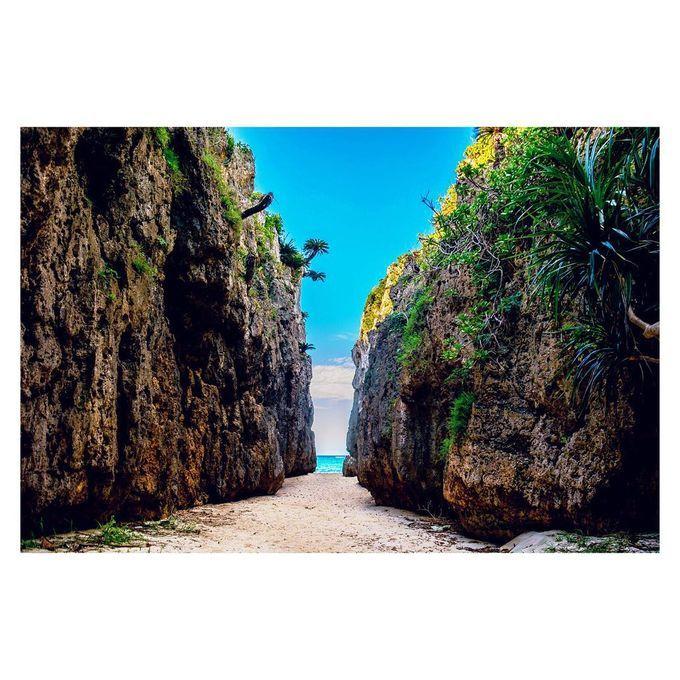 沖縄本島や宮古島、石垣島以外にも魅力的な離島が数多く存在する沖縄県。今回は、沖縄をこよなく愛する私が教えるオススメ離島TOP6をご紹介します。今回は、石垣島からフェリーで行くことのできる離島に限ります。石垣島への旅行を考えている方は、ぜひ参考にしてみてください♪
