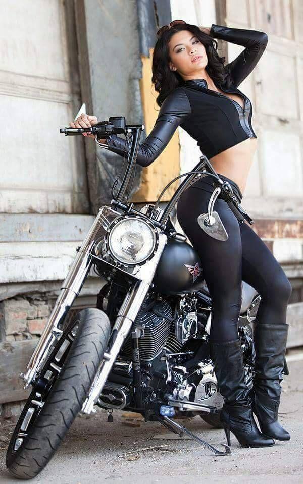 pictures-of-biker-babes