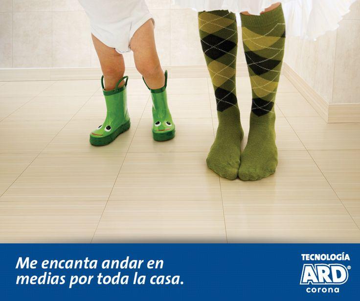 Que rico andar en medias por toda la casa sin preocupaciones. Piso antideslizante  Evia Beige ARD® http://www.corona.com.co/web/Corona/Pages/Interna-Pisos