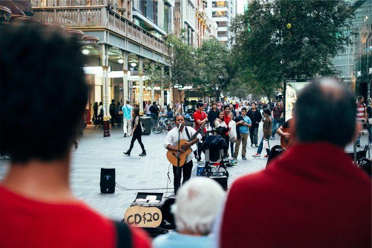 🌞 street performer busker musician  - download photo at Avopix.com for free    🆓 https://avopix.com/photo/19782-street-performer-busker-musician    #street performer #busker #man #musician #male #avopix #free #photos #public #domain