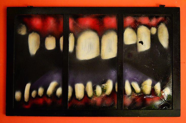 """""""Tríptico Boca"""" Bastidor de madera Pintura esmalte aerosol • De colección y exposición en Wanako Resto Bar (Gualeguaychú   Entre Ríos)"""