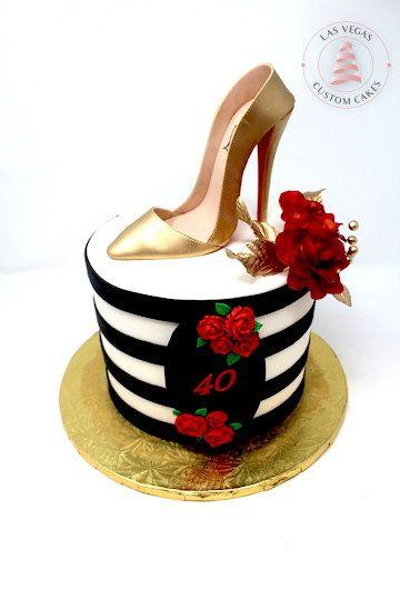 Gâteau d  'anniversaire pour femme avec stiletto doré et roses rouges   – Ladies Birthday Cakes
