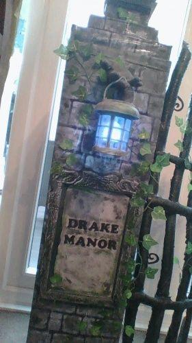 Drake Manor Entrance Columns (I'm back!)-win_20170414_19_26_31_pro.jpg