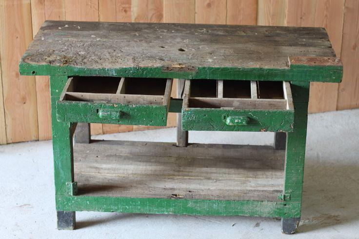 Oude werktafel met laden | Daan Hout
