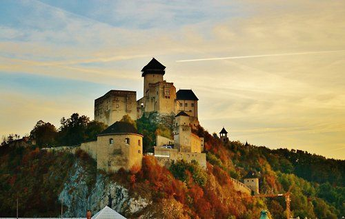 How I miss my hometown! ❤  Trenčín Castle is a National Cultural Relic sitting above Váh River and one of the mightiest medieval complexes in Slovakia.