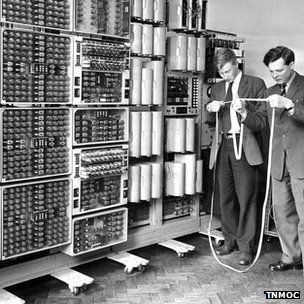 """The world's oldest computer, """"The Witch,"""" was recently restored and turned back on in the UK. Here's a photo of some of the original scientists using it in the 1950's."""