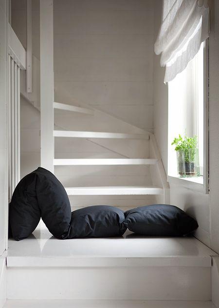 Yksi tyyny, monta tyynyä / Kässäkerho