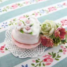 1:12 Puppenhaus puppenhaus Miniatur Lebensmittel herzförmigen Kuchen Modell Mini Handwerk Mädchen Spielhaus Spielzeug(China (Mainland))