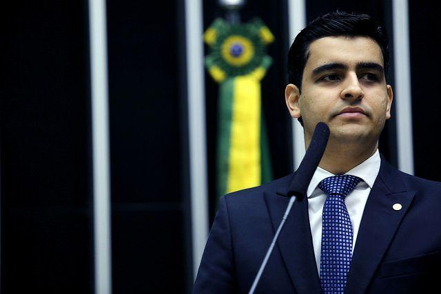 """JHC: Lula é um homem rico, que engana o pobre e os """"trouxas"""""""
