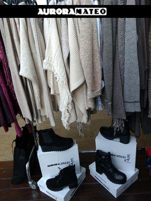 #capas #ponchos #cangrejas #skeakers #auroramateomoda