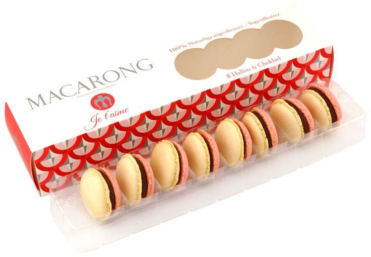 Idag är det alla hjärtans dag. Överraska med våra hjärt macarons. En härlig blandning utav svenska hallon och tre olika sorters choklad. MUMS!