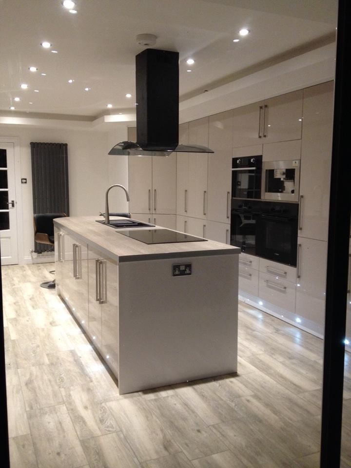 High gloss kitchen design kitchentoday within kitchen for Kitchen units grey gloss
