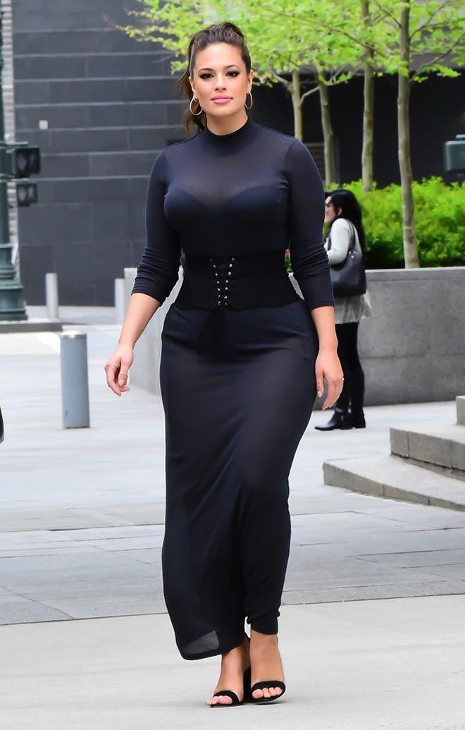 Ashley Graham Copies Kim Kardashian's Outfits