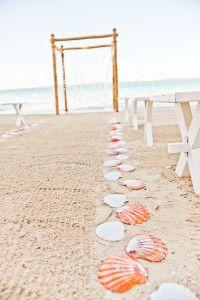 Beach Wedding Aisle Ideas & Inspiration I Destination-Wedding-Experts.com