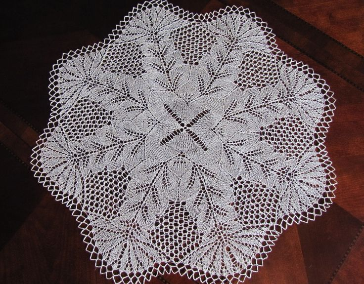 "25"" handmade knitted lace doily/ table centerpiece, made of linen -Hollyhock- ready to ship by BloomingNeedles on Etsy"