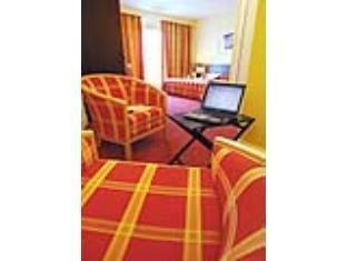 Qualys Hotel Rouen Saint-Martin-du-Vivier, France