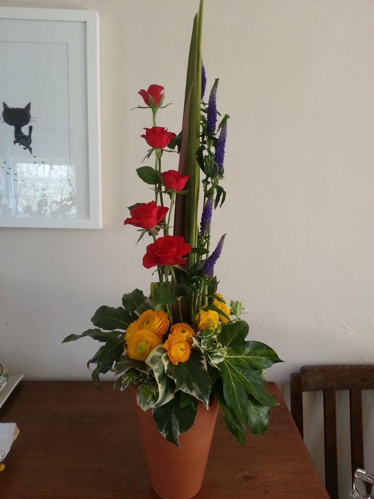 111 Best Vertical Arrangements Images On Pinterest Floral Arrangements Flower Decorations And